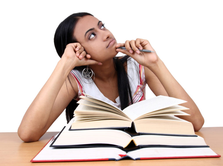 Student thinking about courses after 12th arts